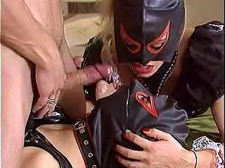 Rubber pervers gummi latex sex